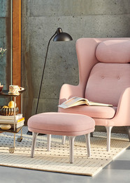 Ro, Light pink and Rug, Dots
