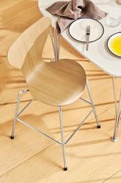 Series 7 - Junior chair