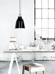 Caravaggio P2 BlackBlack - install. 37223 - 300dpi.jpg